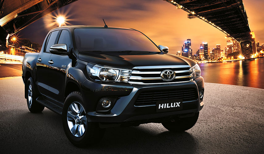 Toyota Hilux 2.4L D-Cab G MT